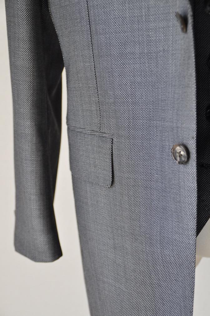 DSC04942 お客様のスーツの紹介-HOLLAND&SHERRY グレーバーズアイスリーピース-