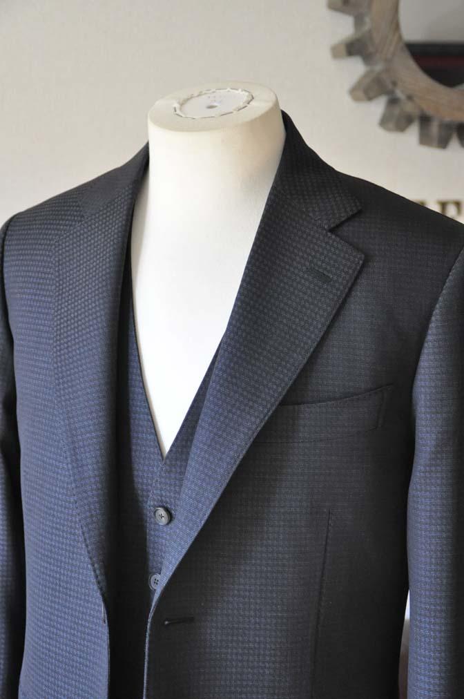 DSC0500-2 お客様のスーツの紹介- CARLO BARBERAネイビーグレーチェック スリーピース-