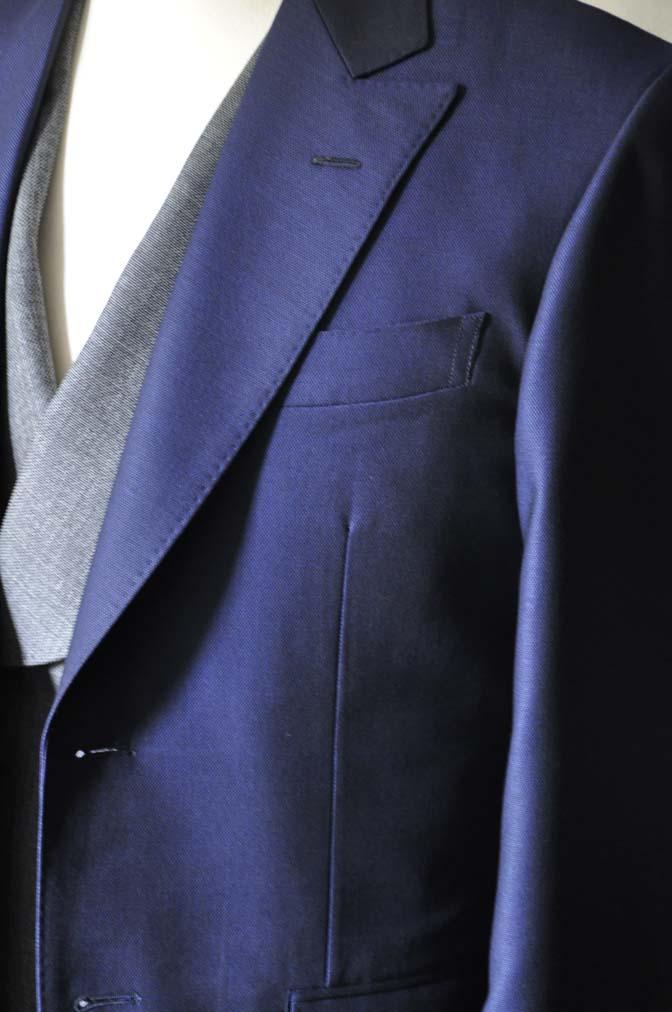DSC0501-1 お客様のウエディング衣装の紹介-Biellesi ネイビースーツ グレーバーズアイ襟付きダブルベスト ホワイトベスト- 名古屋の完全予約制オーダースーツ専門店DEFFERT