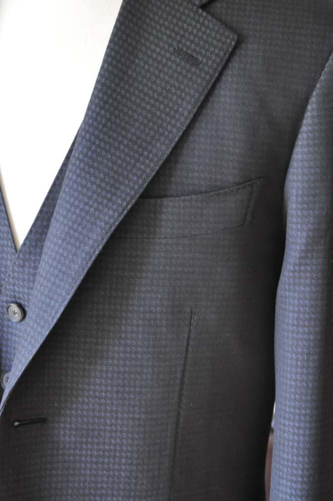 DSC0502-3 お客様のスーツの紹介- CARLO BARBERAネイビーグレーチェック スリーピース-