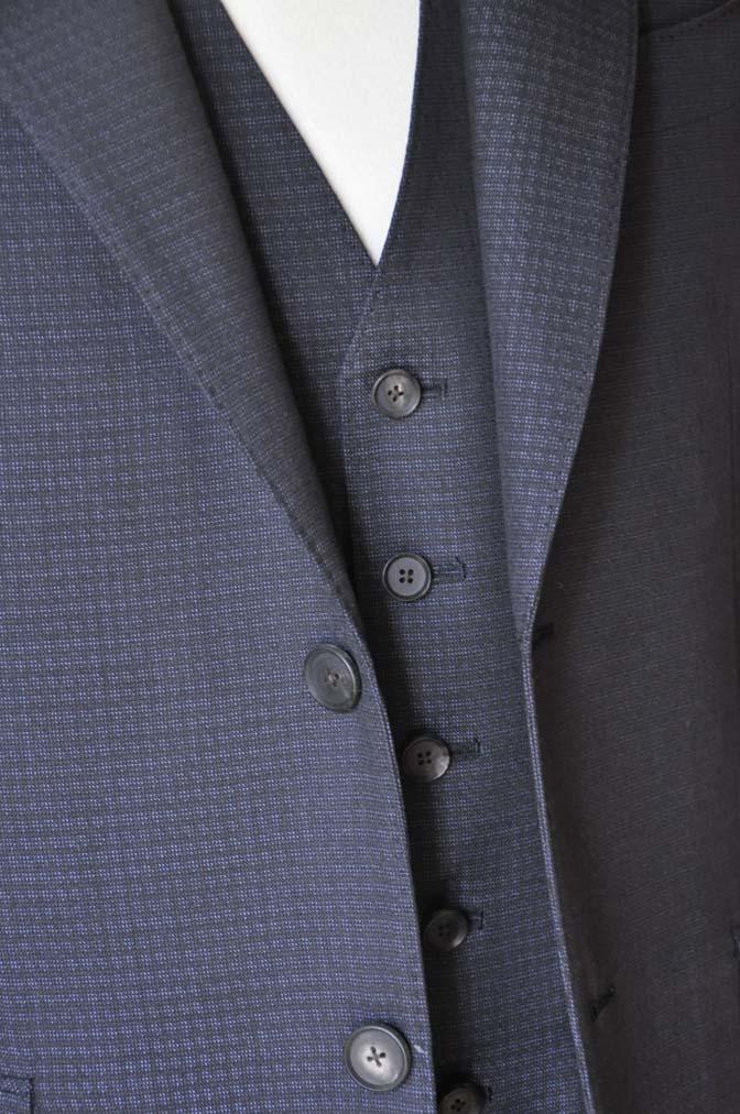 DSC0503-2 お客様のスーツの紹介- CARLO BARBERAネイビーグレーチェック スリーピース-