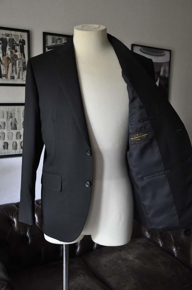 DSC0504 お客様のスーツの紹介-CANONICO ブラックヘリンボーン-