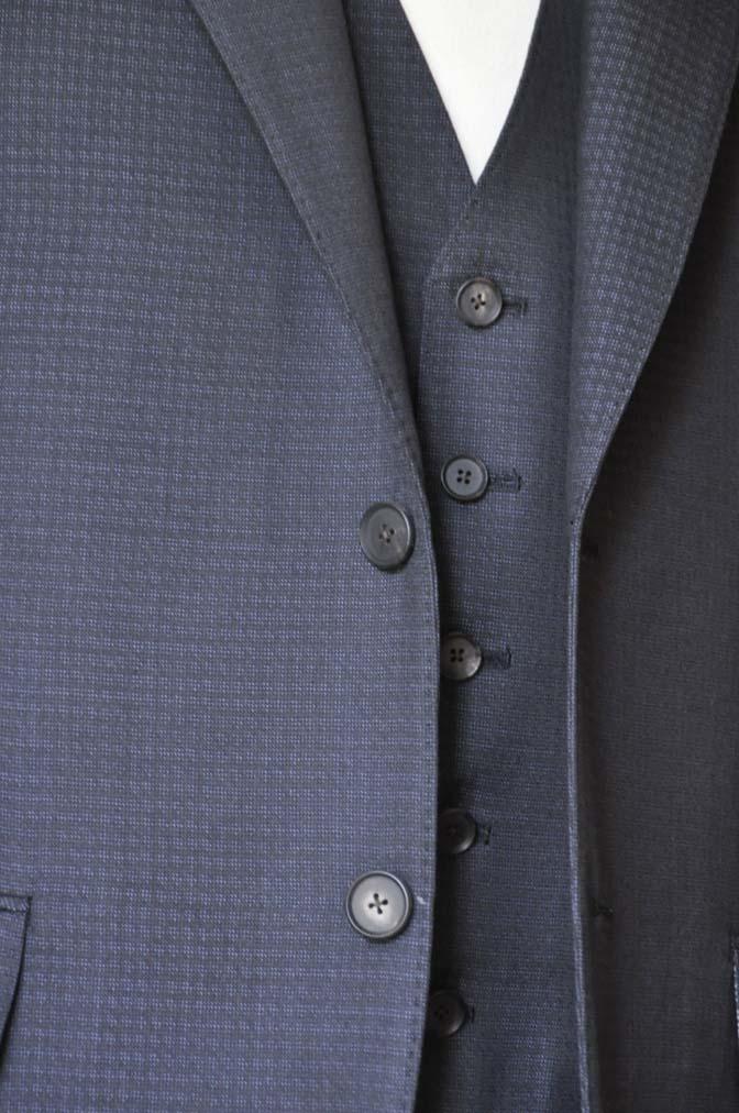 DSC0505-1 お客様のスーツの紹介- CARLO BARBERAネイビーグレーチェック スリーピース-