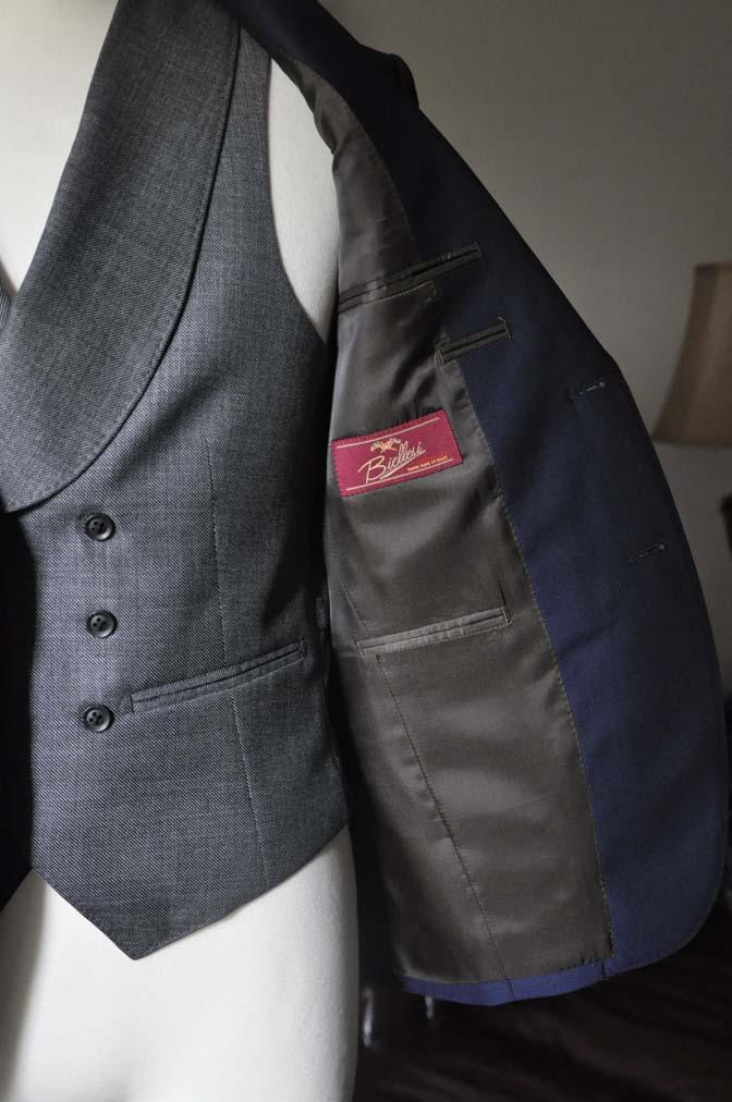 DSC0509-2 お客様のウエディング衣装の紹介-Biellesi ネイビースーツ グレーバーズアイ襟付きダブルベスト ホワイトベスト-DSC0509-2 お客様のウエディング衣装の紹介-Biellesi ネイビースーツ グレーバーズアイ襟付きダブルベスト ホワイトベスト- 名古屋市のオーダータキシードはSTAIRSへ