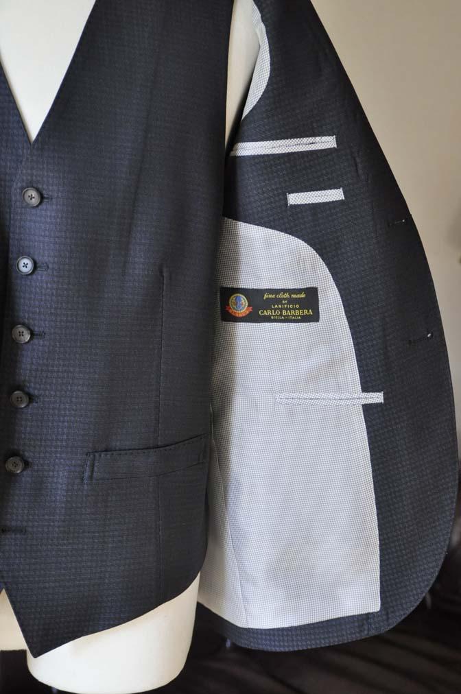 DSC0510-2 お客様のスーツの紹介- CARLO BARBERAネイビーグレーチェック スリーピース-