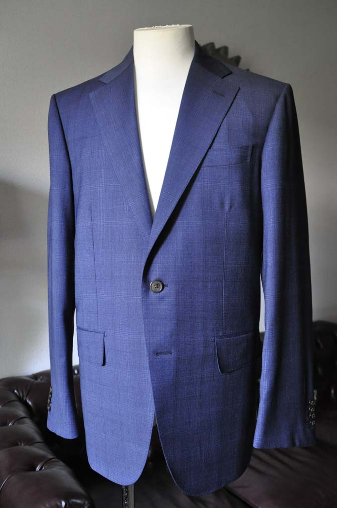 DSC0511-2 お客様のスーツの紹介- Biellesi ネイビーチェックスーツ-