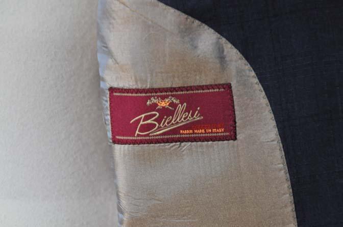 DSC0519-1 お客様のスーツの紹介- Biellesi ネイビーチェックスーツ-