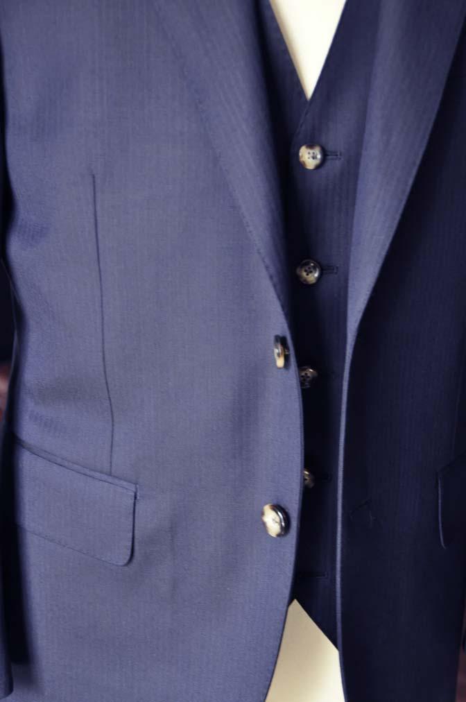DSC0522-2 お客様のスーツの紹介-Biellesiネイビーヘリンボーン  スリーピーススーツ-