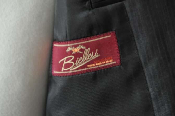DSC05273 お客様のスーツの紹介-Biellesi グレーストライプ- 名古屋の完全予約制オーダースーツ専門店DEFFERT