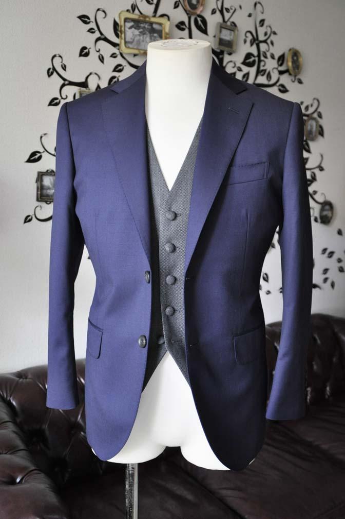 DSC0531-6 お客様のウエディング衣装の紹介- Biellesiネイビースーツ グレーバーズアイベスト-
