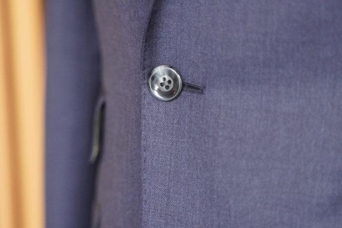 DSC05318 オーダースーツの紹介-REDA無地ネイビー スーツ-