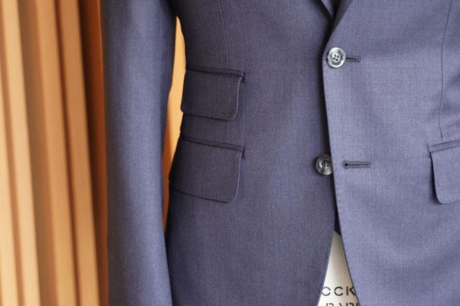 DSC05319 オーダースーツの紹介-REDA無地ネイビー スーツ-