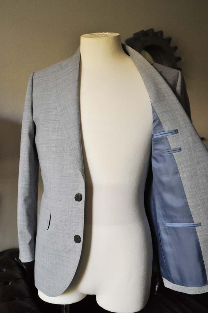 DSC0532-2 お客様のスーツの紹介-ライトグレースーツ- 名古屋の完全予約制オーダースーツ専門店DEFFERT