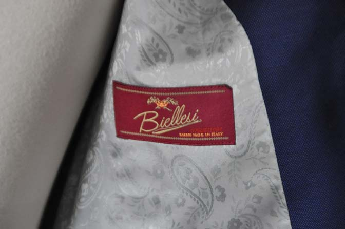 DSC0536-1 お客様のスーツの紹介- Biellesi ネイビーバーズアイ- 名古屋の完全予約制オーダースーツ専門店DEFFERT