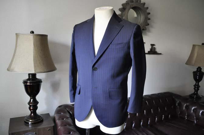 DSC0536-2 お客様のスーツの紹介- Biellesi ネイビーストライプ-