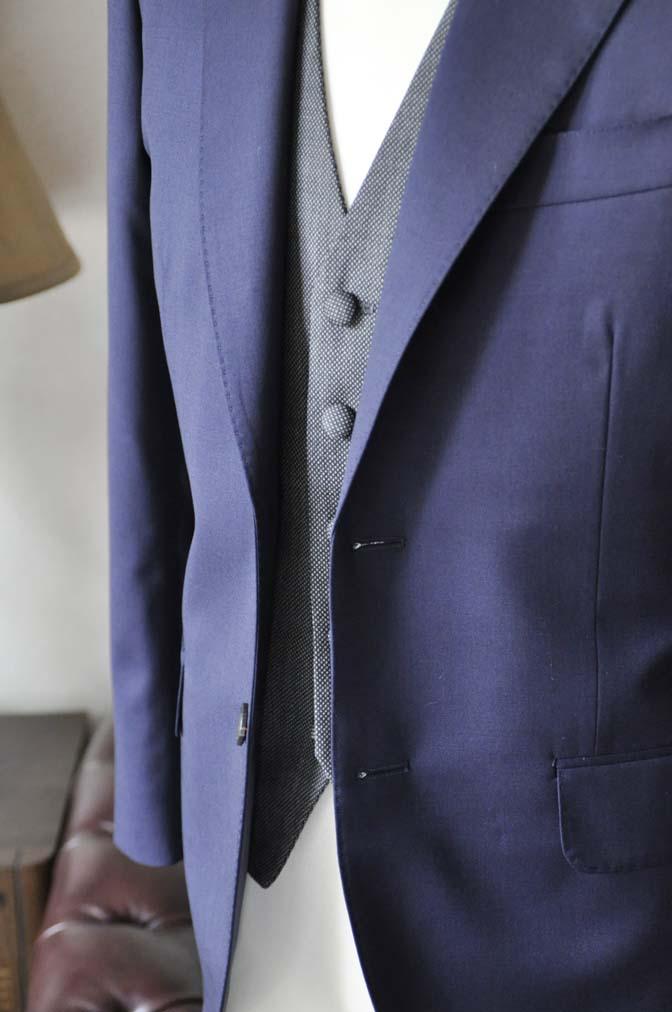 DSC0537-2 お客様のウエディング衣装の紹介- Biellesiネイビースーツ グレーバーズアイベスト- 名古屋の完全予約制オーダースーツ専門店DEFFERT