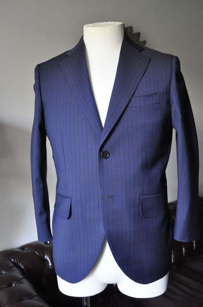 DSC0538 お客様のスーツの紹介- Biellesi ネイビーストライプ-