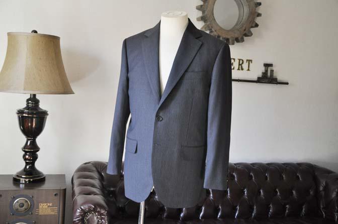 DSC0543-3 お客様のスーツの紹介-Biellesiグレーヘリンボーンスーツ-