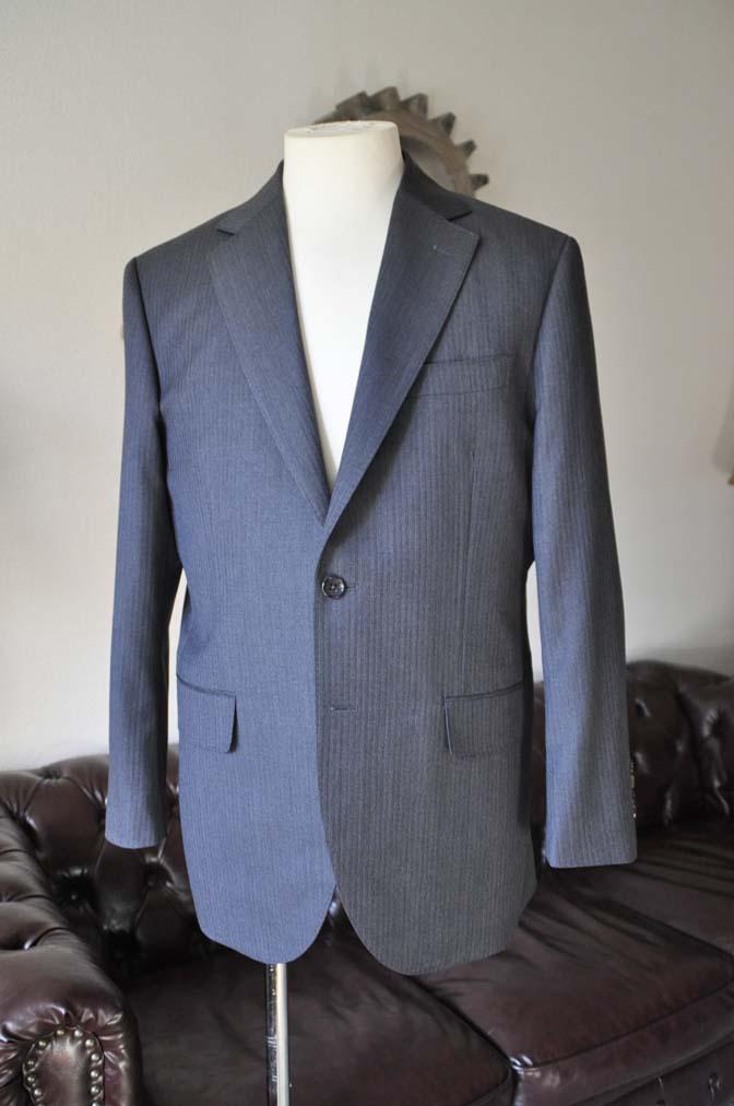 DSC0547-3 お客様のスーツの紹介-Biellesiグレーヘリンボーンスーツ-