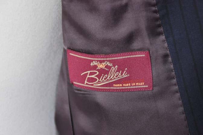 DSC0549-1 お客様のスーツの紹介- Biellesi ネイビーストライプ-