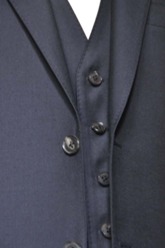 DSC0551-2 お客様のスーツの紹介- CANONICO 無地ネイビースリーピース-