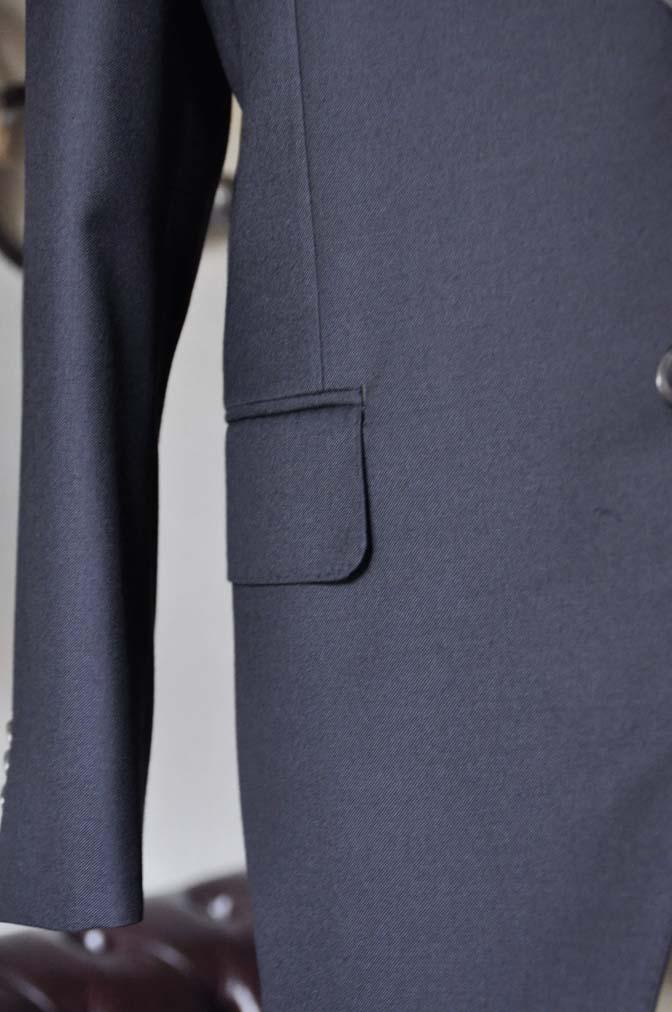 DSC0552-1 お客様のスーツの紹介- CANONICO 無地ネイビースリーピース-
