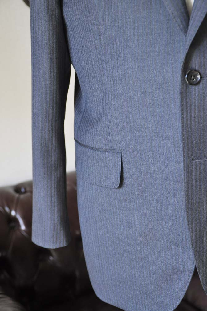 DSC0553-3 お客様のスーツの紹介-Biellesiグレーヘリンボーンスーツ-