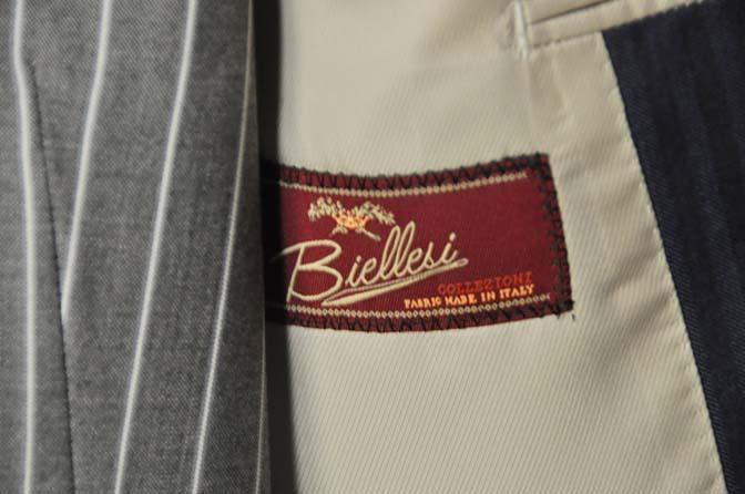 DSC05572 お客様のウエディング衣装の紹介-Biellesiネイビーヘリンボーン-