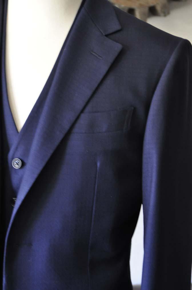 DSC0558-2 お客様のスーツの紹介-ネイビーチェックスリーピース-