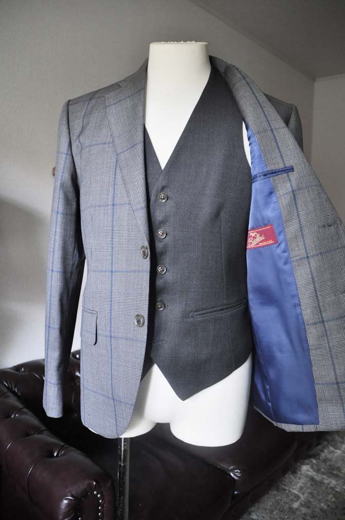 DSC0560-1 お客様のウエディング衣装の紹介-Biellesi グレンチェックジャケット バーズアイベスト・パンツ-