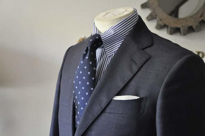 DSC0562-3 お客様のスーツの紹介 名古屋の完全予約制オーダースーツ専門店DEFFERT