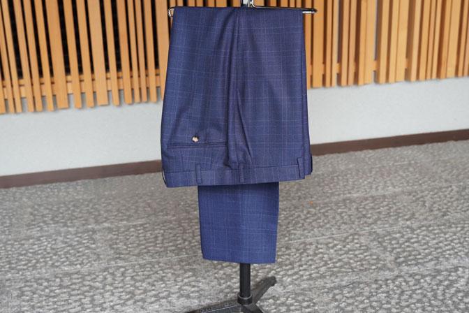 DSC05689 オーダースーツの紹介-Biellesiネイビーチェック スーツ-