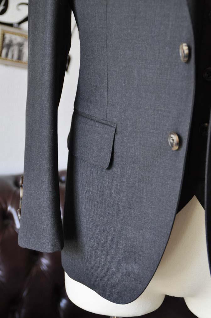 DSC0570-3 お客様のスーツの紹介-Biellesi無地チャコールグレースリーピース- 名古屋の完全予約制オーダースーツ専門店DEFFERT