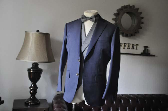 DSC0576-2 お客様のウエディング衣装の紹介-Biellesi ネイビースーツ グレーチェックベスト-