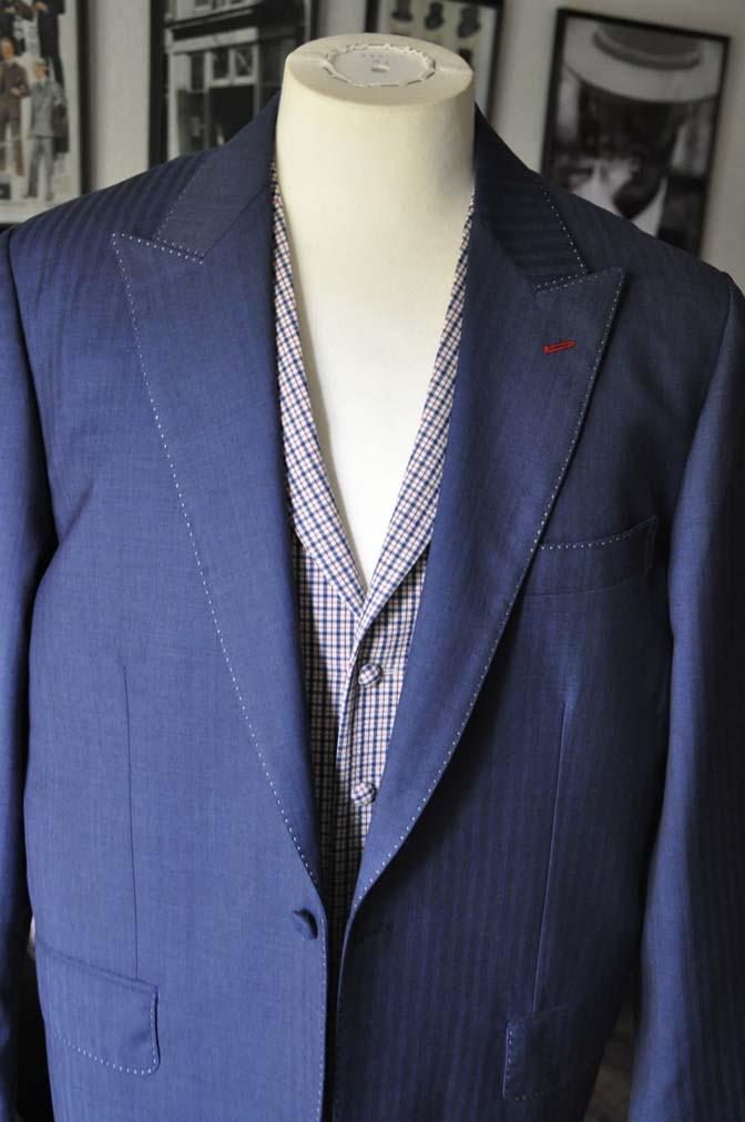 DSC05762 お客様のウエディング衣装の紹介-Biellesiネイビーヘリンボーン-