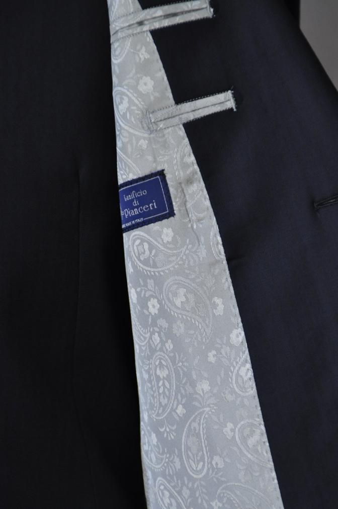 DSC05781 お客様のスーツの紹介-Pianceri 無地ネイビー スリーピース- 名古屋の完全予約制オーダースーツ専門店DEFFERT