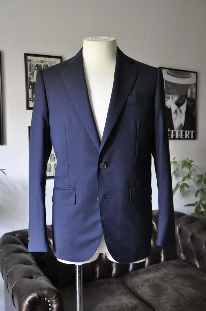 DSC05803 お客様のスーツの紹介-Biellesi 無地ネイビースーツ-