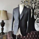 お客様のスーツの紹介-DORMEUIL AMADEUS ACTION無地グレースリーピース-