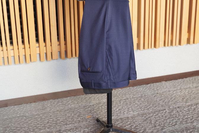 DSC05852-1 オーダースーツの紹介-CANONICO無地ネイビー スーツ-