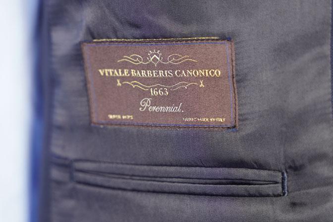 DSC05855 オーダースーツの紹介-CANONICO無地ネイビー スーツ-