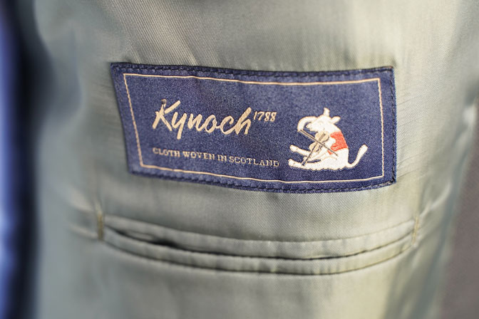DSC05919 オーダースーツの紹介-Kynochブラウンダブルスーツ-