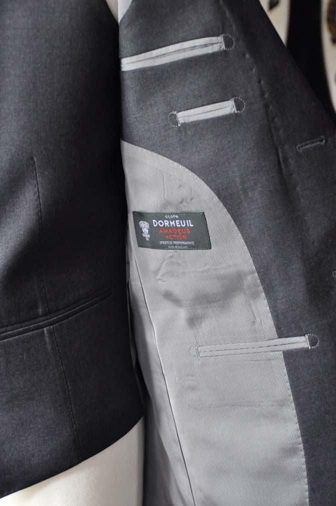 DSC0593-6 お客様のスーツの紹介-DORMEUIL AMADEUS ACTION無地グレースリーピース- 名古屋の完全予約制オーダースーツ専門店DEFFERT