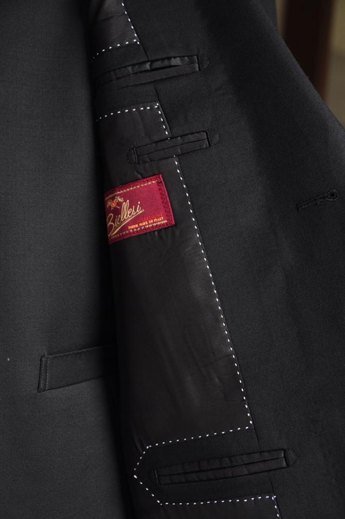 DSC05941 オーダースーツ -BIELLESI ブラック スリーピース- 名古屋の完全予約制オーダースーツ専門店DEFFERT