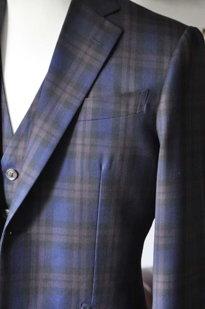 DSC0595-4 お客様のウエディング衣装の紹介- DARROWDALEネイビーチェック スリーピース-DSC0595-4 お客様のウエディング衣装の紹介- DARROWDALEネイビーチェック スリーピース- 名古屋市のオーダータキシードはSTAIRSへ