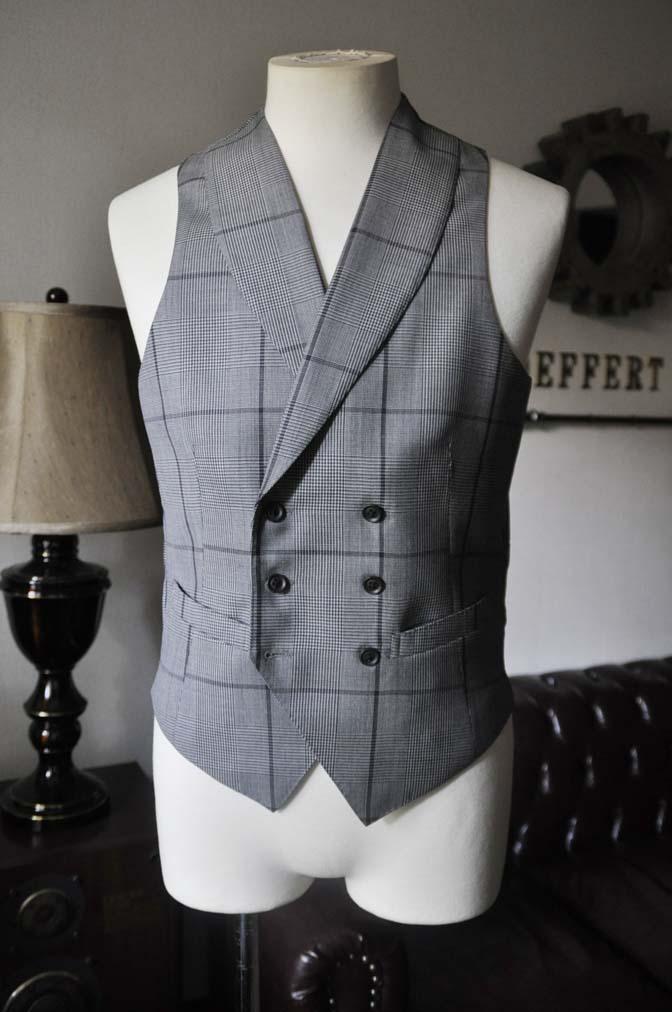 DSC0599-2 お客様のウエディング衣装の紹介-Biellesi ネイビースーツ グレーチェックベスト-