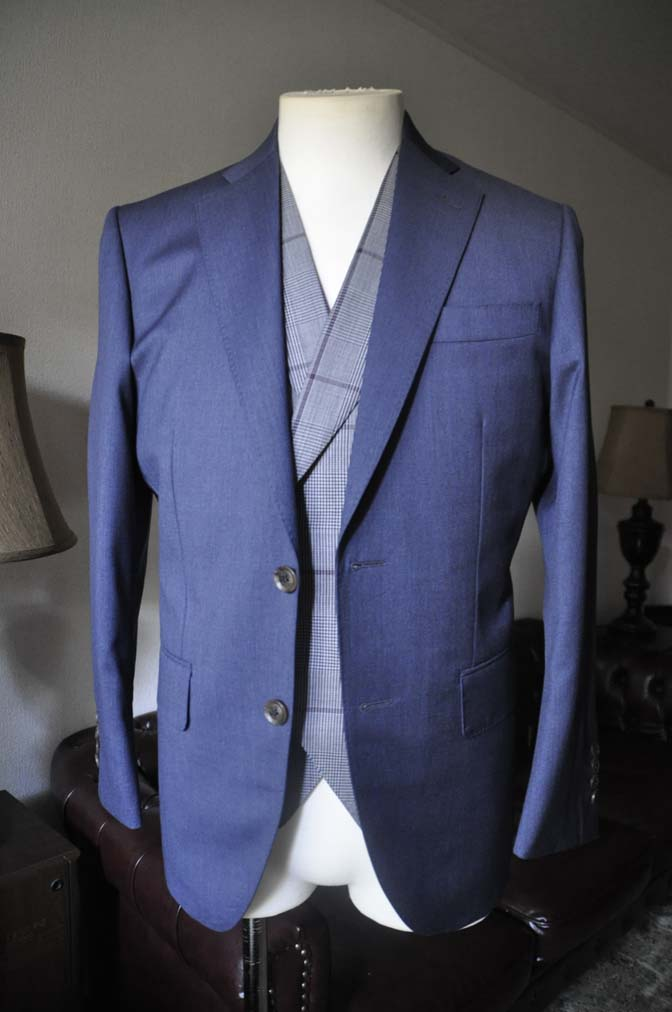 DSC0601-2 お客様のウエディング衣装の紹介-Biellesi ネイビースーツ グレーチェックベスト-