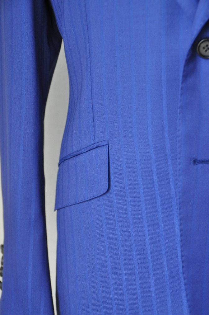 DSC06012 お客様のスーツの紹介-BIELLESI ブライトネイビーストライプ-