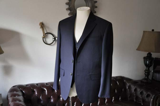 DSC0607-1 お客様のスーツの紹介- Biellesi ネイビーヘリンボーン スリーピース-