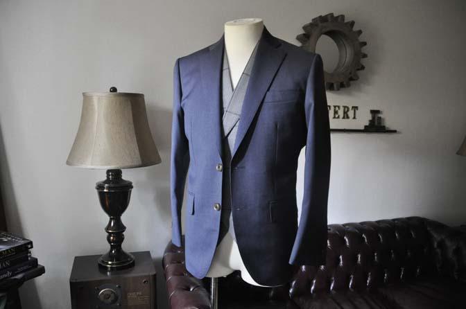 DSC0607-2 お客様のウエディング衣装の紹介-Biellesi ネイビースーツ グレーチェックベスト-