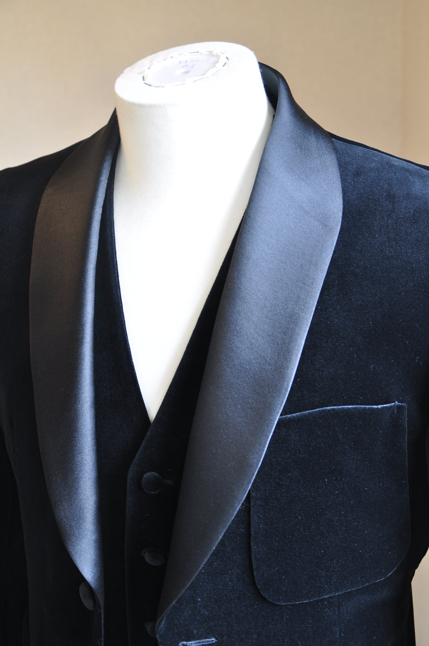 DSC06082 胸ポケット 名古屋の完全予約制オーダースーツ専門店DEFFERT